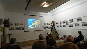 Lester Borley delivering his talk on the cultural landscapes of Europe